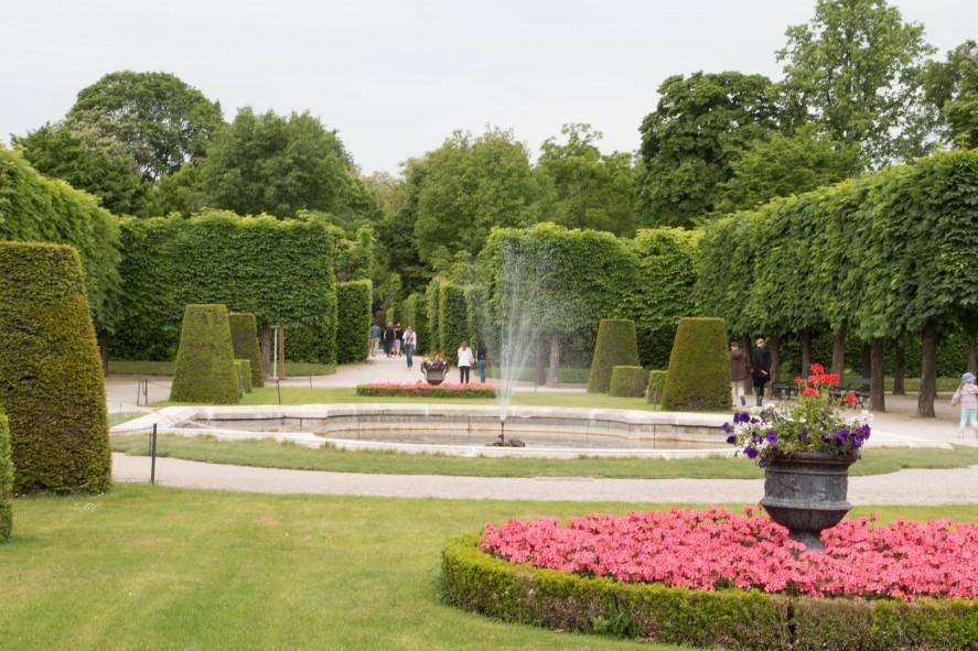 парк у дворца Шёнбрунн