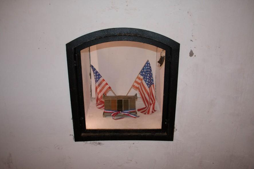 Американские флаги на Кургане Костюшко