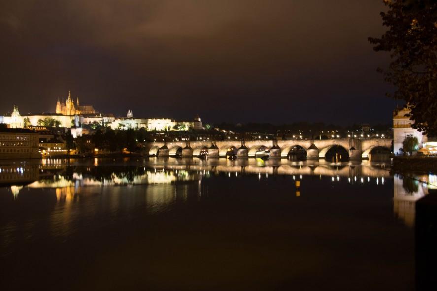 Ночная Прага. Карлов мост